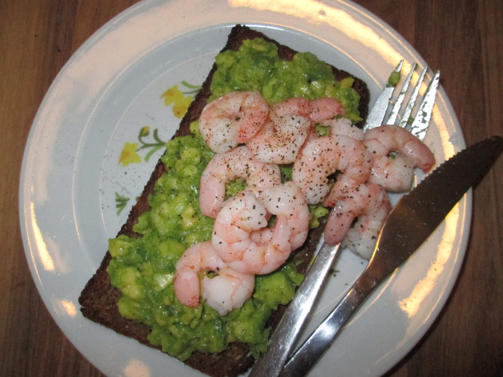 avocado and prawns